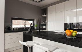 Kitchen-Pictures---Black-Sapphire